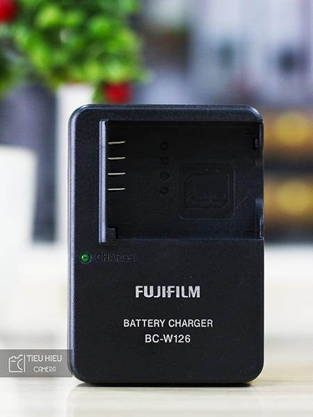 Sạc Fujifilm BC-W126