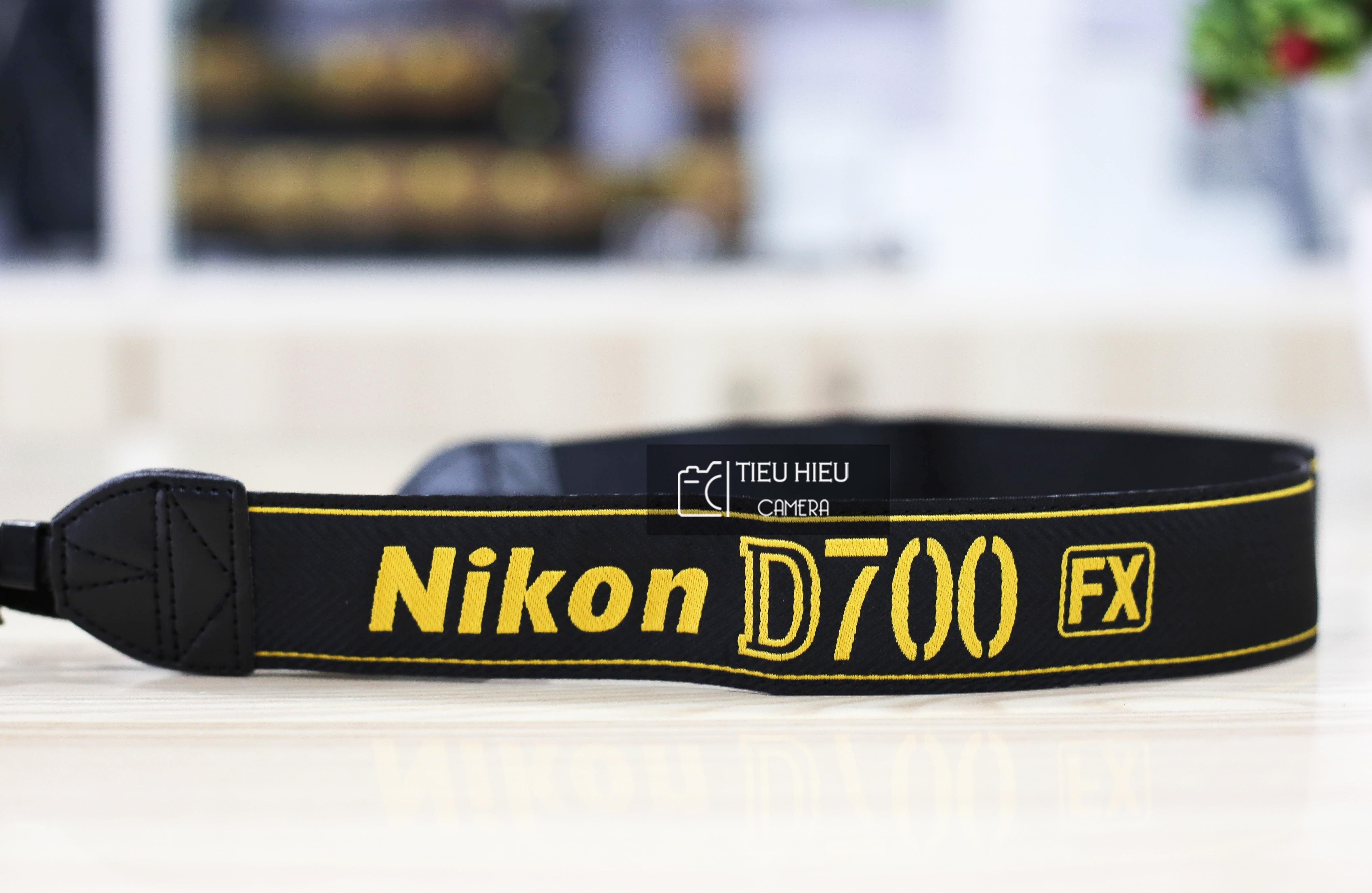 Dây đeo máy ảnh Nikon D700