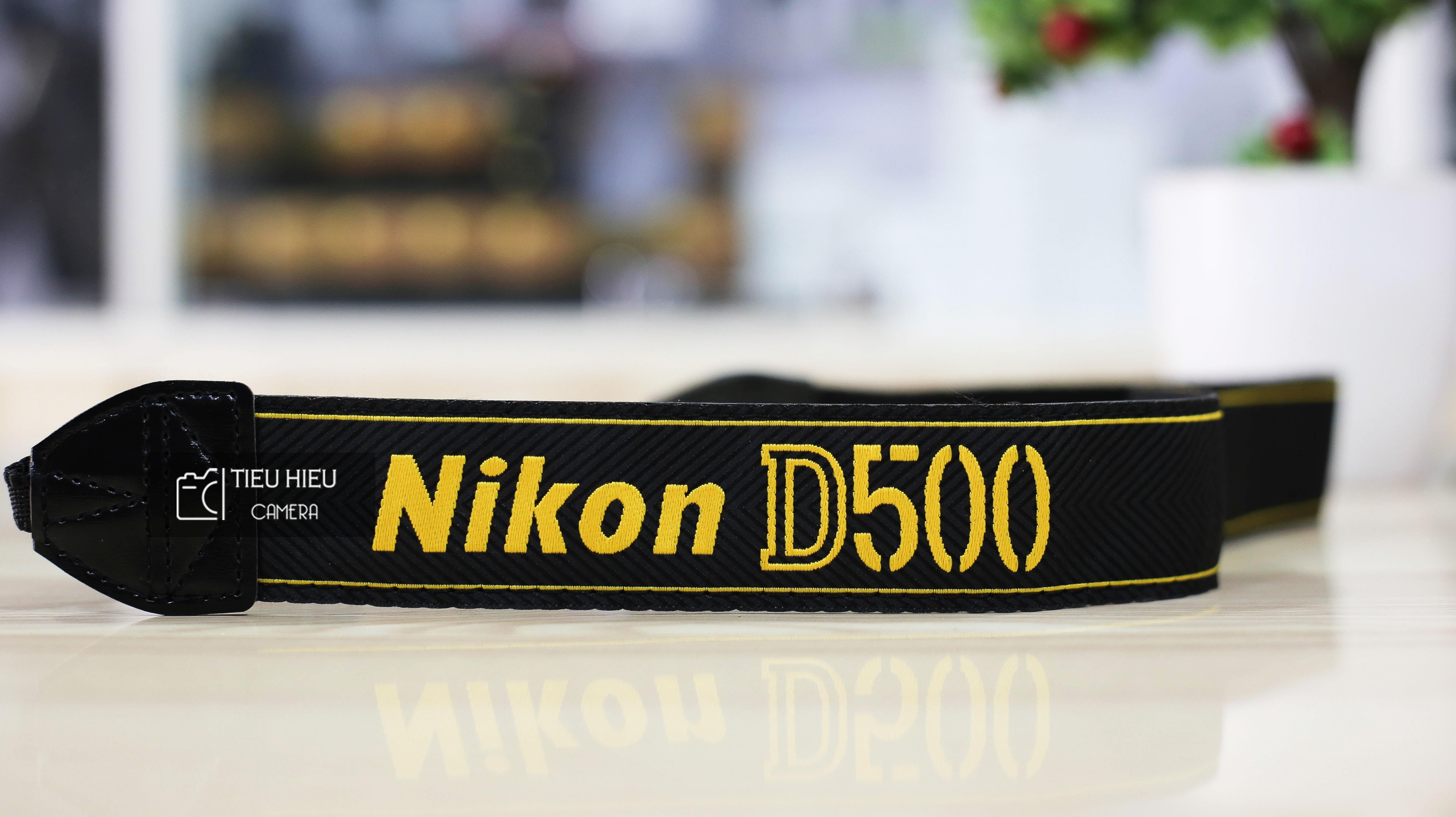 Dây đeo máy ảnh Nikon D500