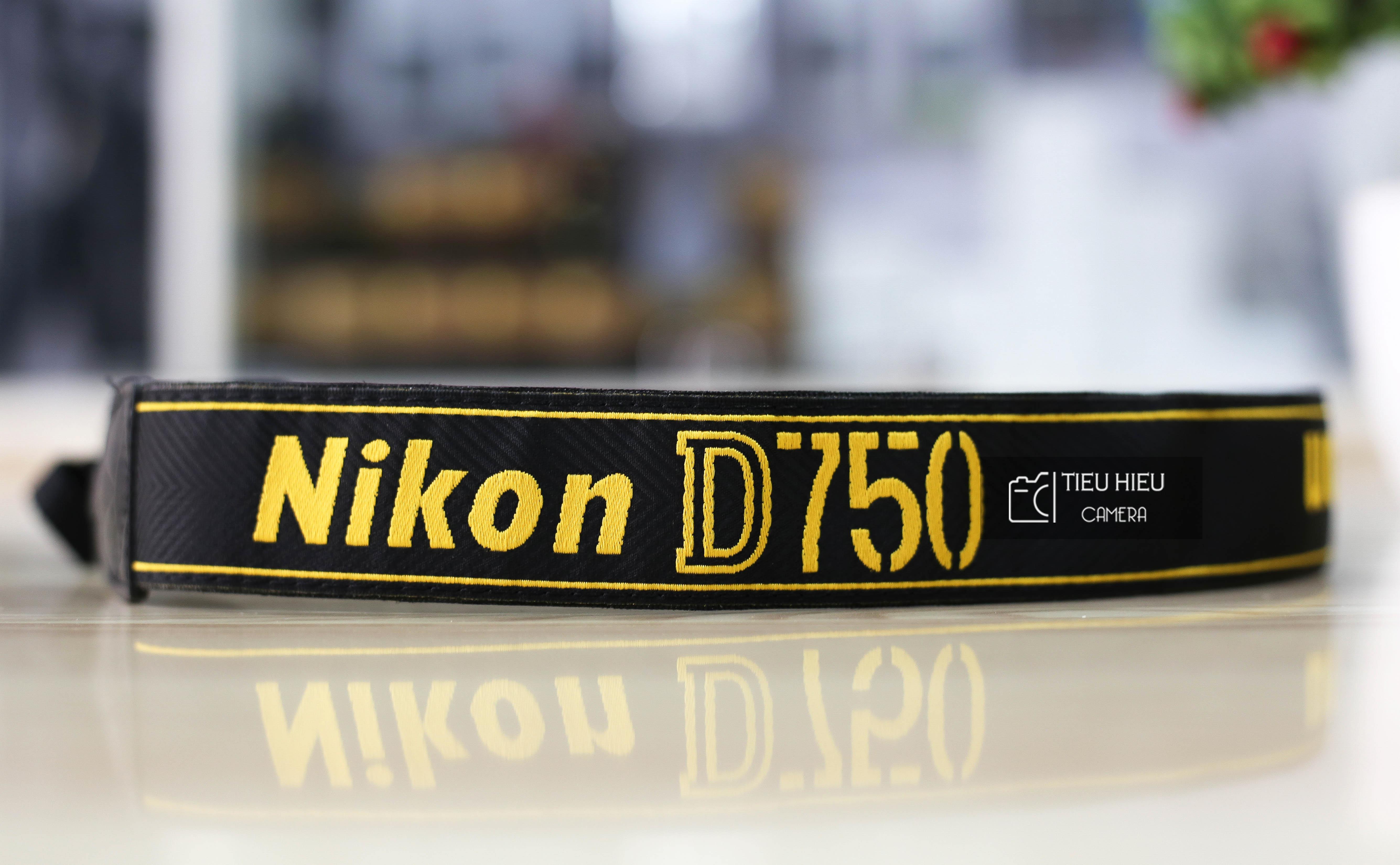 Dây đeo máy ảnh Nikon D750
